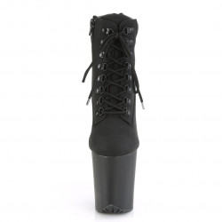 Черные ботинки с матовой платформой на шнуровке