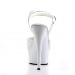 Белые босоножки-единички с лаковым верхом