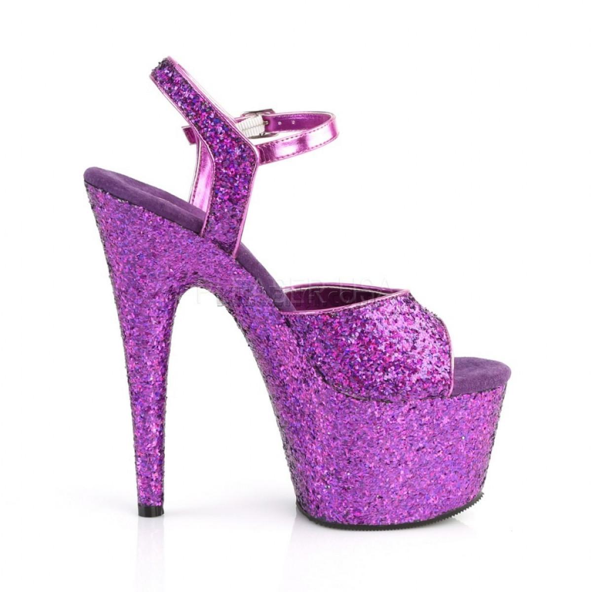 Яркие фиолетовые стрипы полностью покрыты глиттером