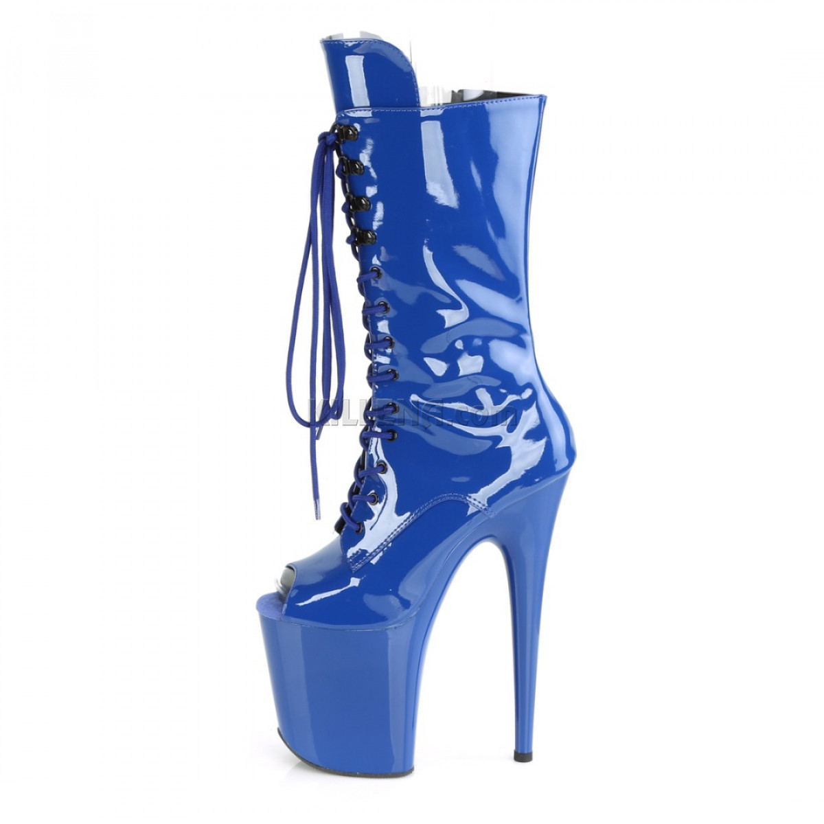 Высокие лакированные синие стрип-ботинки с открытым носиком