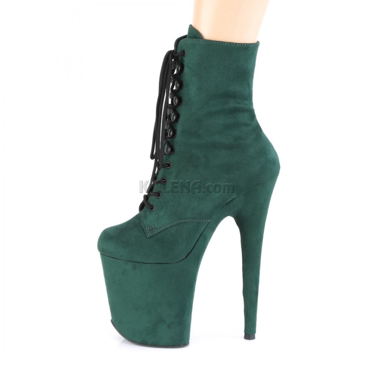 Замшевые ботинки-тройки с закрытым носком изумрудного цвета