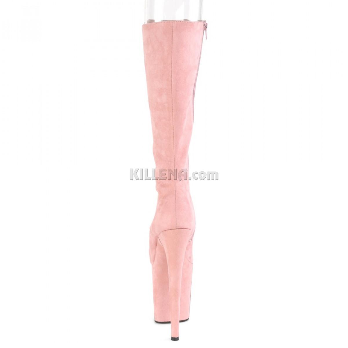Нежно-розовые замшевые сапоги с открытым носочком